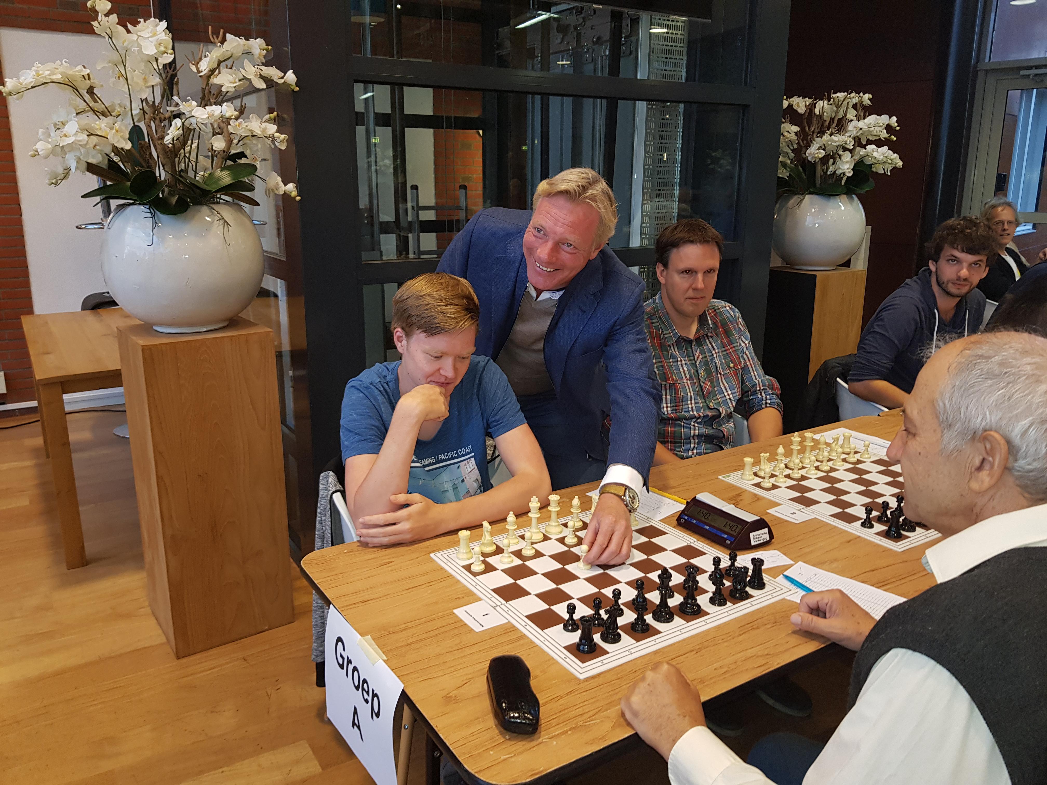 Thomas Beerdsen en wethouder Jan van Dellen
